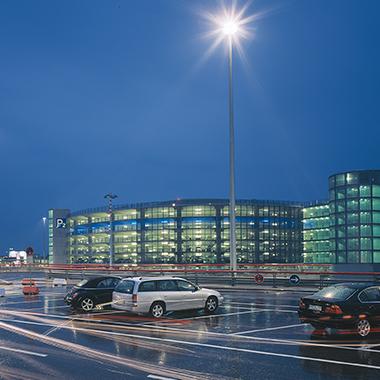 HamburgAirport Parkhaus P2